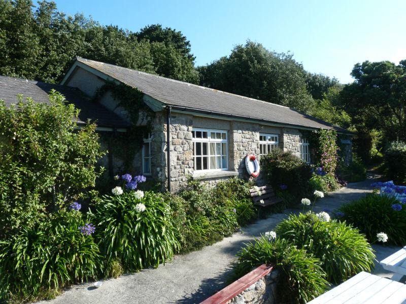 The Sevenstones Inn | 5 Bedroom Business Property | St Martin, Isles ...